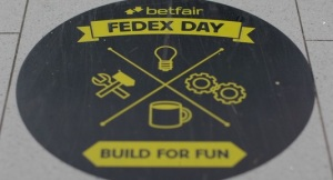 fedex245